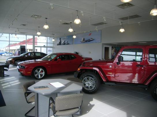 Pomoco Chrysler Jeep of Hampton