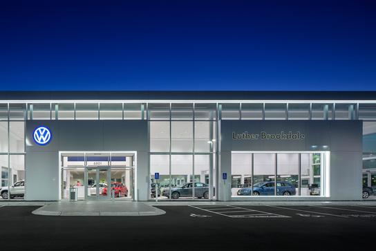 Vw Dealership Mn >> Luther Brookdale Volkswagen Car Dealership In Minneapolis
