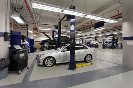 Lovely Mercedes Benz Manhattan Car Dealership In New York, NY 10019   Kelley Blue  Book