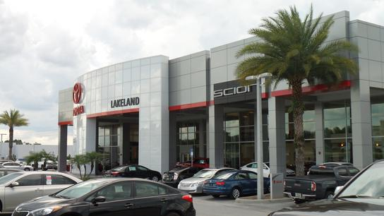 Lakeland Toyota (OPEN 7 DAYS)