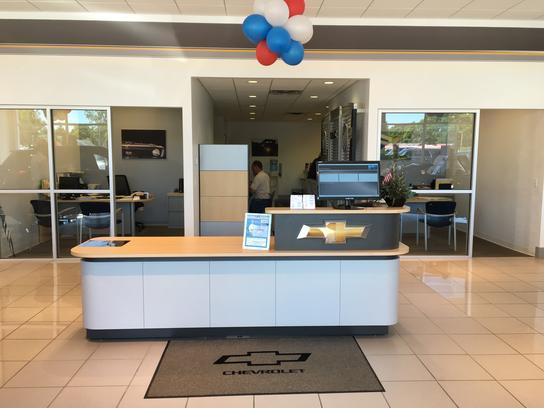 Bill Estes Chevrolet Buick Gmc Car Dealership In Lebanon In 46052