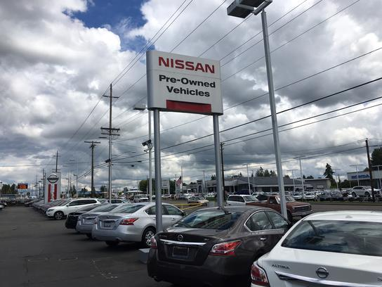 Campbell Nissan of Everett 1