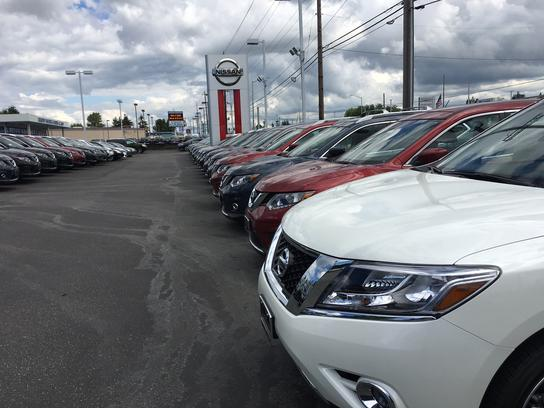 Campbell Nissan of Everett 3