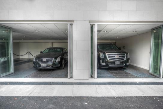 Cadillac Dealers Nj >> Englewood Cliffs Cadillac car dealership in ENGLEWOOD CLIFFS, NJ 07632 | Kelley Blue Book