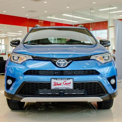 West Coast Toyota Of Long Beach Car Dealership In LONG BEACH, CA 90806 2117  | Kelley Blue Book