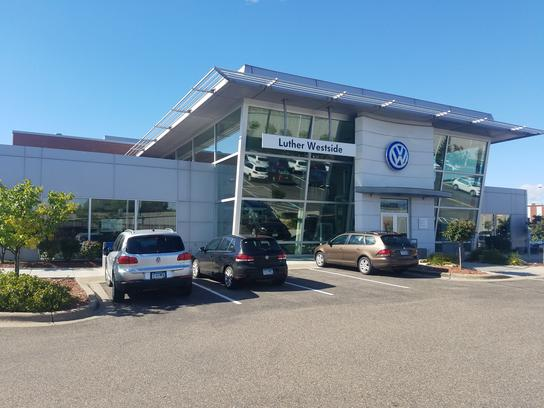 luther westside volkswagen car dealership  saint louis park mn  kelley blue book