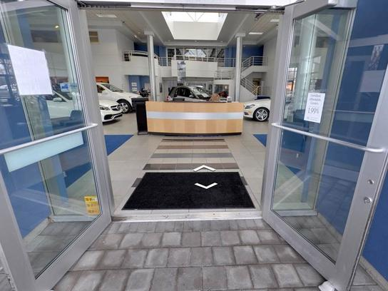 The Mercedes-Benz Center At Keeler Motor Car Company 3