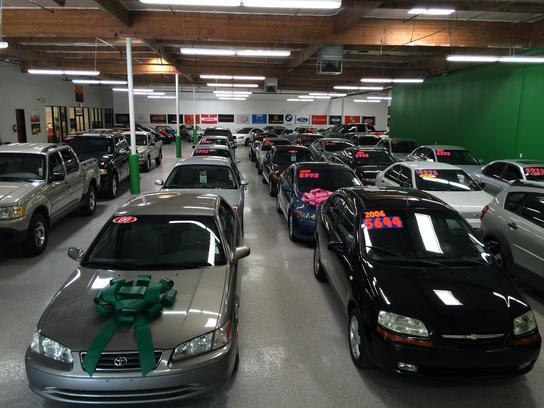 Phoenix Indoor Auto Sales >> I 10 Premier Auto Sales Car Dealership In Phoenix Az 85040 1903