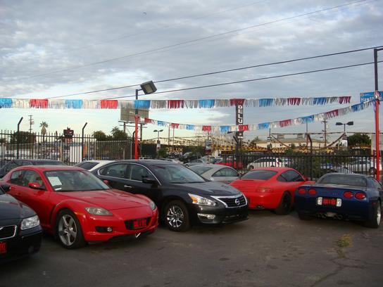 Carz Toyz Car Dealership In Inglewood CA Kelley Blue Book - Carz
