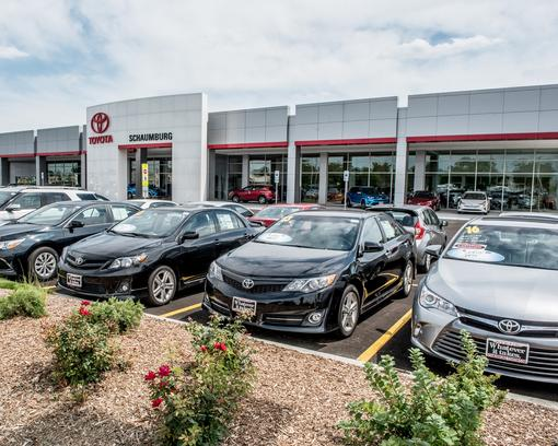 Schaumburg Toyota Car Dealership In Il 60194 Kelley Blue Book