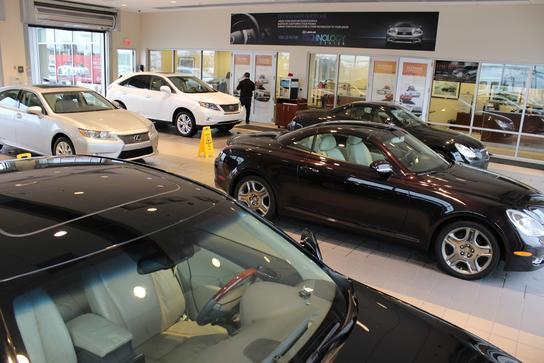 Hendrick Lexus Charlotte >> Hendrick Lexus Northlake car dealership in Charlotte, NC ...