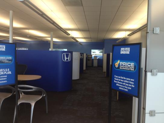Norm Reeves Honda Superstore - Cerritos 1