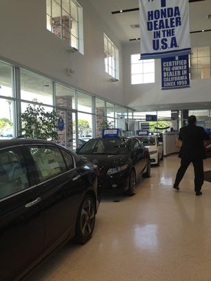 Amazing ... Norm Reeves Honda Superstore   Cerritos 3