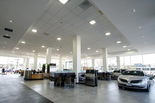 Norm Reeves Ford >> Norm Reeves Ford Lincoln Car Dealership In Cerritos Ca 90703