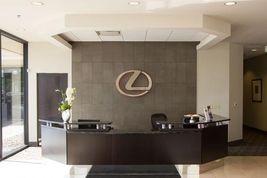 Lexus of Brookfield 1