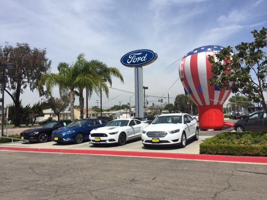 Caruso Ford Long Beach >> Caruso Ford Car Dealership In Long Beach Ca 90807 Kelley