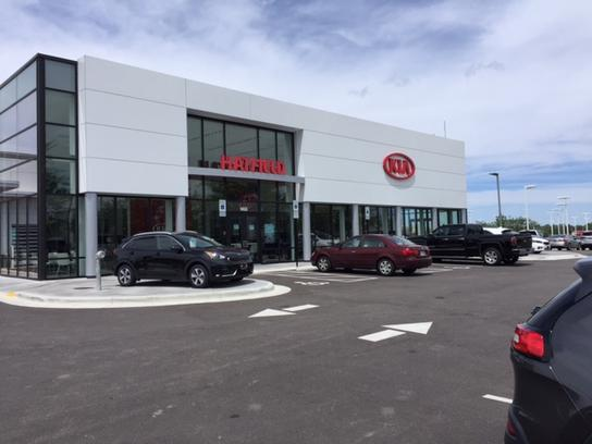hatfield kia car dealership in columbus oh 43228 kelley blue book. Black Bedroom Furniture Sets. Home Design Ideas