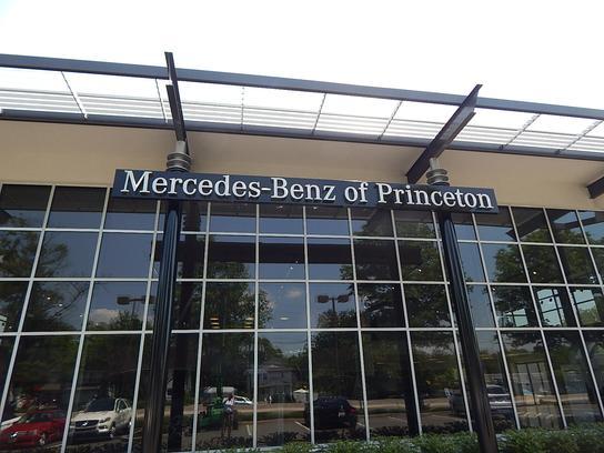 Mercedes Benz Dealers In Nj >> Mercedes Benz Of Princeton Car Dealership In Lawrence