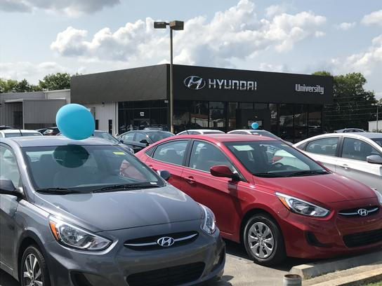 University Hyundai of Tuscumbia 3