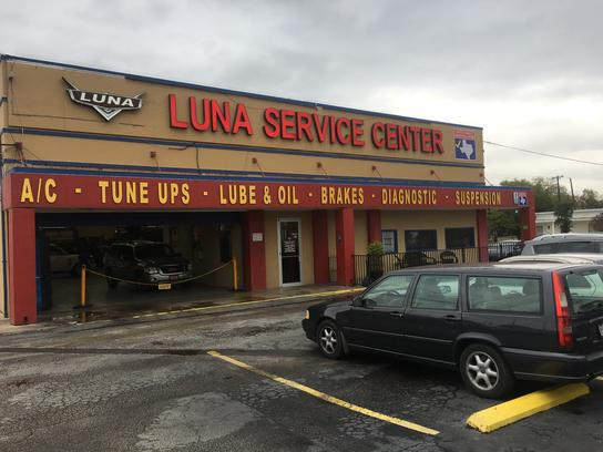 Luna Car Center