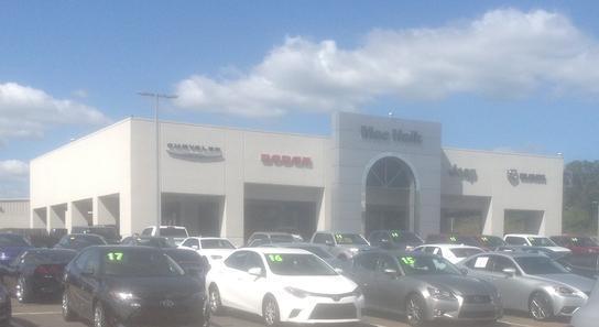 Mac Haik Flowood Chrysler Dodge Jeep RAM car dealership in FLOWOOD