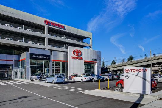 Toyota of Seattle 1