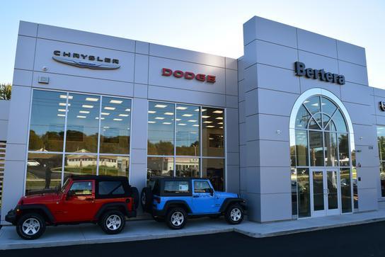 Springfield Car Dealerships >> Bertera Chrysler Car Dealership In West Springfield Ma