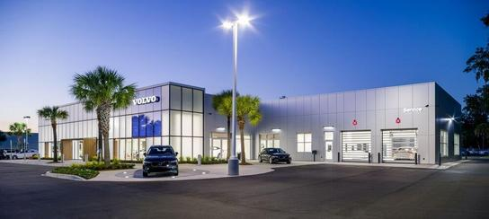Hendrick Volvo Cars of Charleston