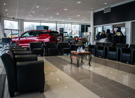 lou fusz buick gmc car dealership in saint louis mo 63132 kelley blue book. Black Bedroom Furniture Sets. Home Design Ideas
