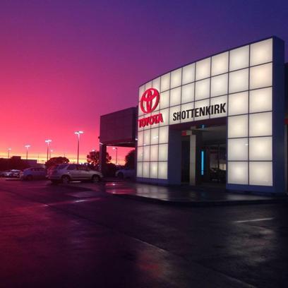 Shottenkirk Quincy Il >> Shottenkirk Toyota Car Dealership In Quincy Il 62301