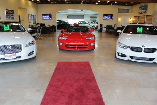 us motors car dealership in san diego ca 92111 kelley blue book. Black Bedroom Furniture Sets. Home Design Ideas