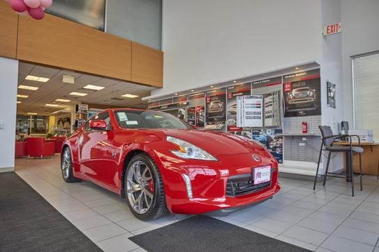 AutoNation Nissan Katy 3