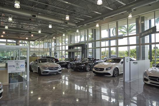 Mercedes-Benz of Coconut Creek car dealership in Coconut ...