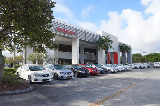 Elegant AutoNation Nissan Pembroke Pines Car Dealership In Pembroke Pines, FL 33024  | Kelley Blue Book