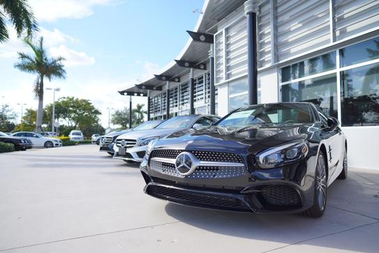 Mercedes-Benz of Pembroke Pines 2