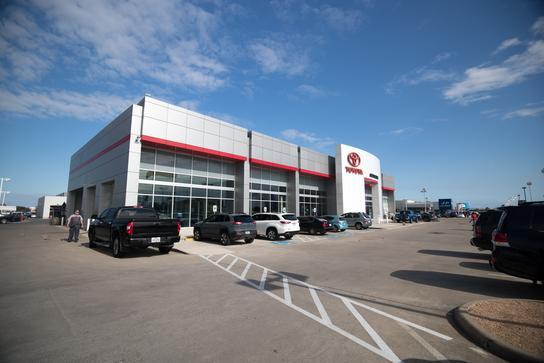AutoNation Toyota Corpus Christi Car Dealership In Corpus Christi, TX 78412  | Kelley Blue Book