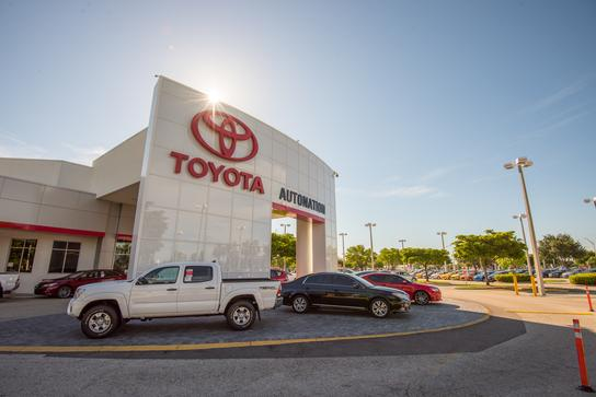 AutoNation Toyota Fort Myers 3