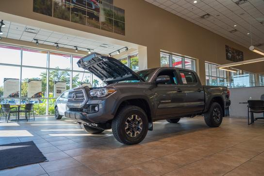 Autonation Toyota Fort Myers Car Dealership In Fort Myers Fl 33907