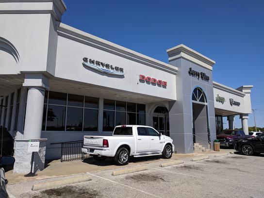 Dodge Dealer Tampa >> Jerry Ulm Dodge Chrysler Jeep Car Dealership In Tampa Fl