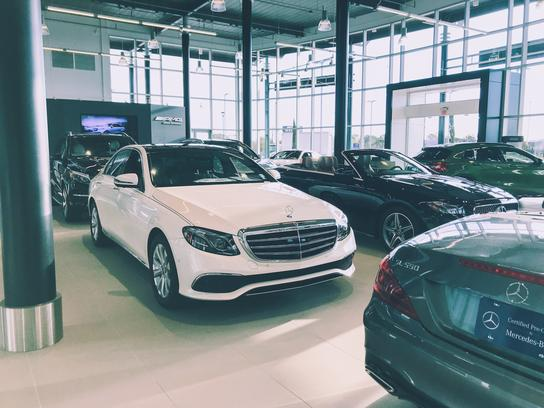 Mercedes-Benz of Lafayette 2