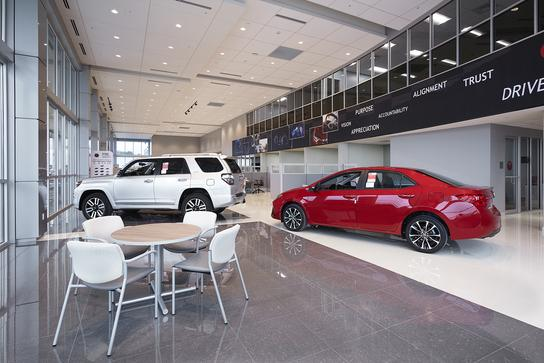 Toyota of Fort Walton Beach 3
