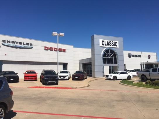 Dodge Dealership Arlington Tx >> Car Dealership Specials At Classic Chrysler Dodge Jeep Ram Fiat Of