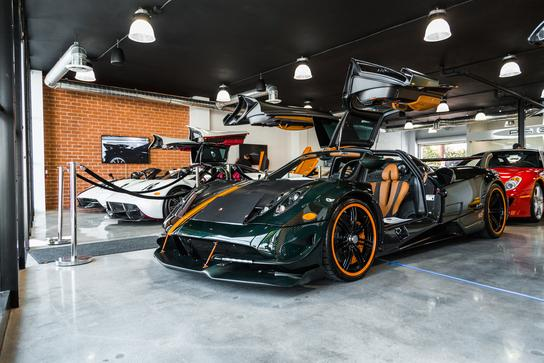 Pagani Beverly Hills Car Dealership In BEVERLY HILLS CA - Beverly hills car show