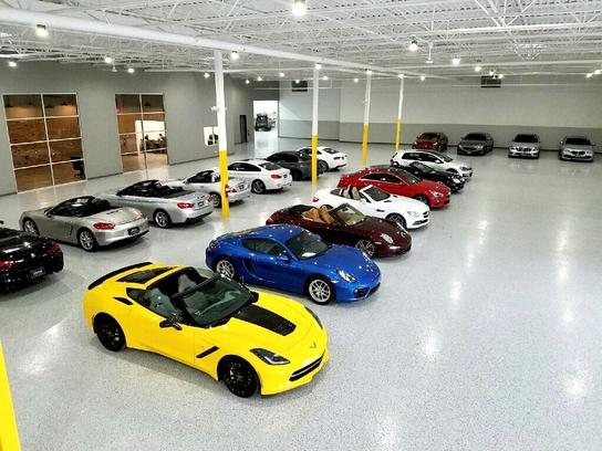 Ultimo Motors Northshore car dealership in NORTHBROOK, IL 60062-7703 | Kelley Blue Book