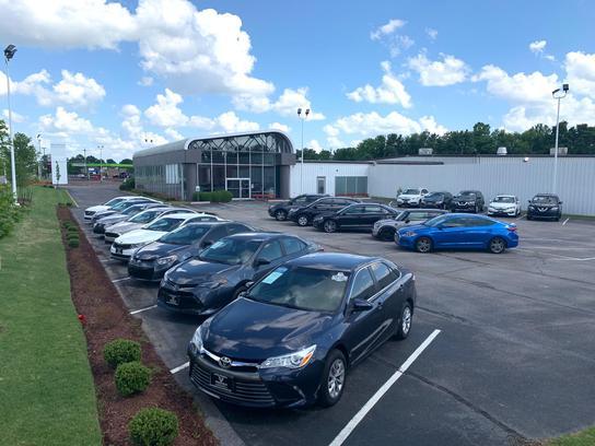 Car Dealerships In Memphis >> Memphis Luxury Motors Car Dealership In Memphis Tn 38115 2748