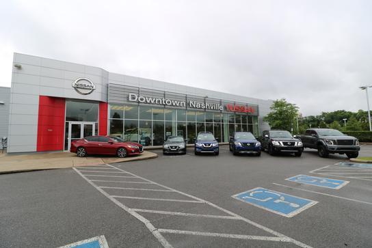 Car Lots In Nashville Tn >> Downtown Nashville Nissan Car Dealership In Nashville Tn
